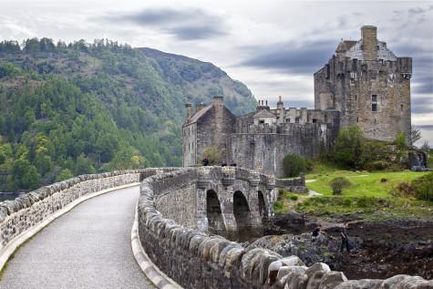 ruethedayblogcom-eilean_donan_castle_scotland-56fa5f257a6c0